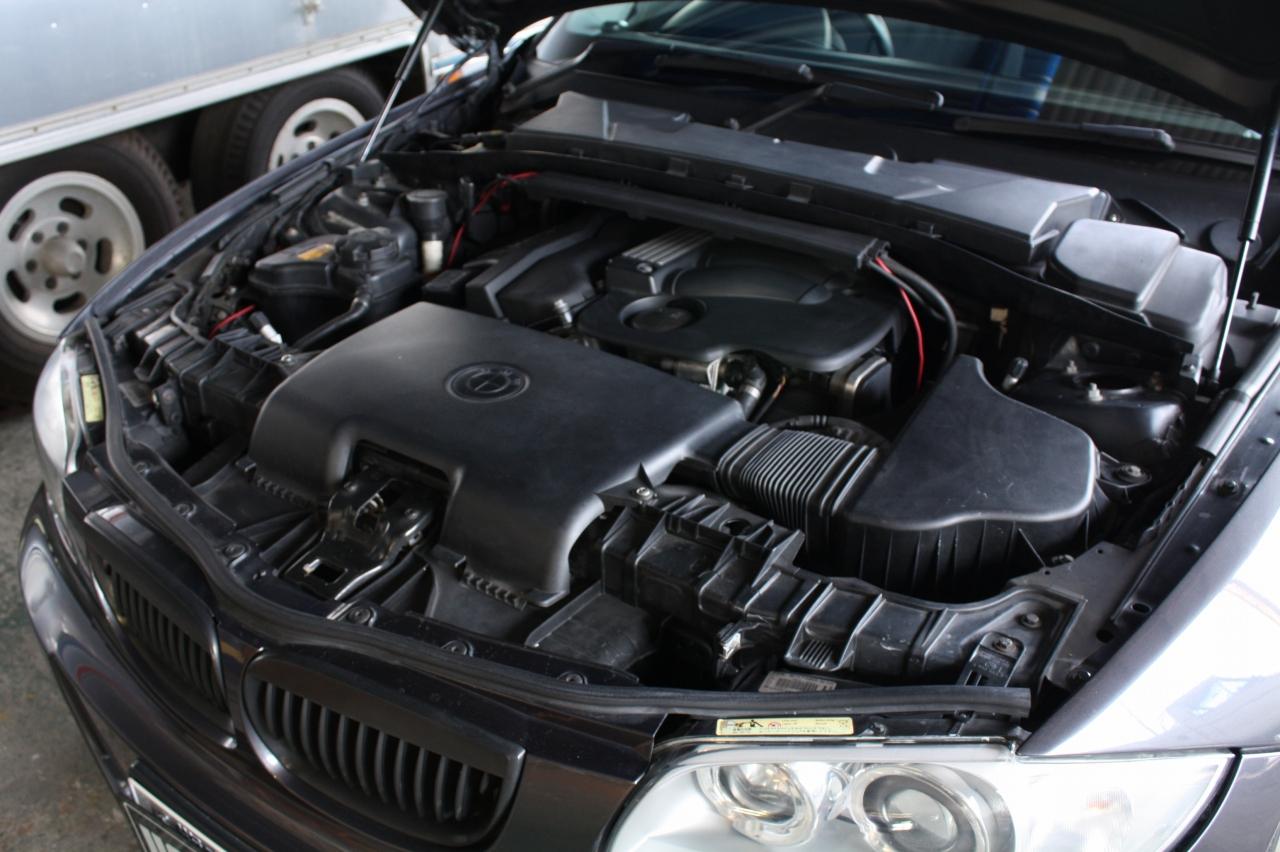 – BMW 120i –